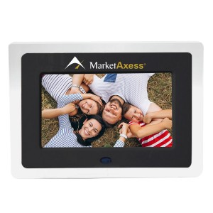 "Digital Picture Frame w/ 7.00"" Screen (9.00""x6.50""x1.00"")"